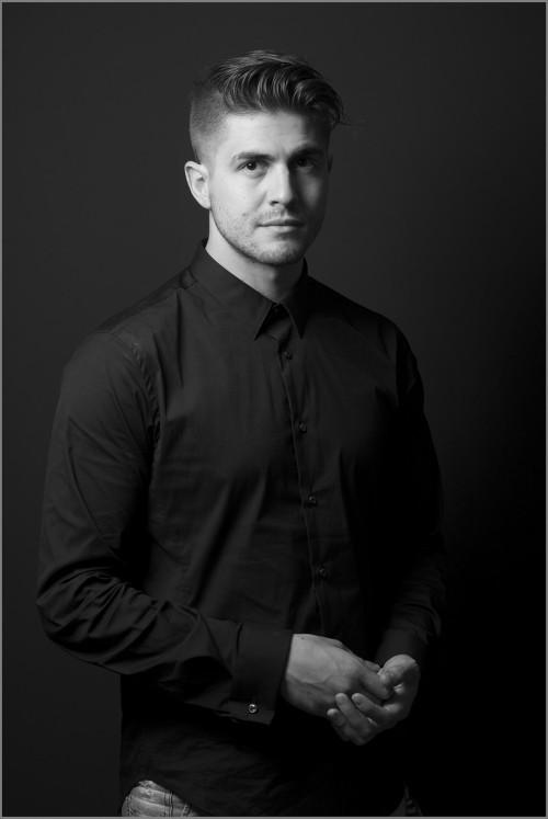Ivo_Arakov_portraits_Simon_Varsano