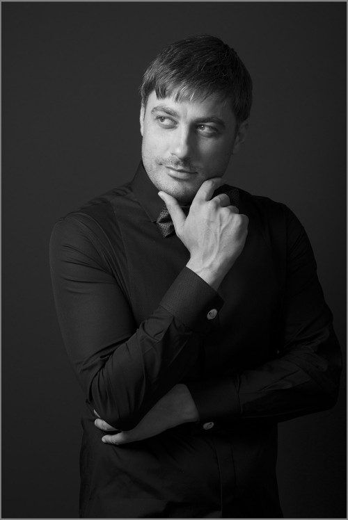 Vladimir_Karamazov_portraits_Simon_Varsano